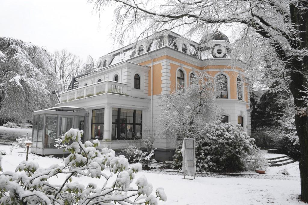 Das winterliche Carmen Sylva Haus
